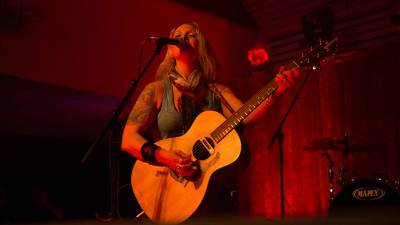 Acoustic Afternoon: Sarah Smith